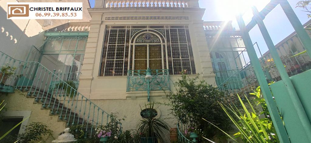 Maison de maître Frontignan 8 pièce(s) 220 m2 - 650 000 euros