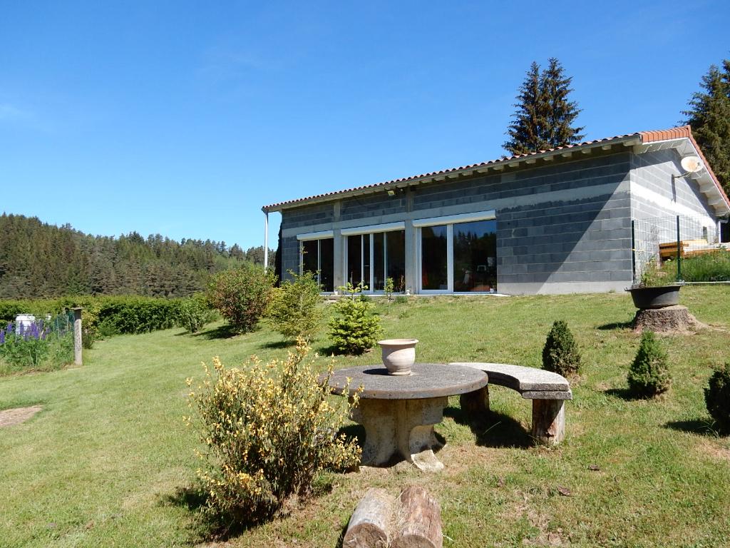 Maison Beaune Sur Arzon 6 pièces 150 m² 3 chambres sur 1162m² de terrain
