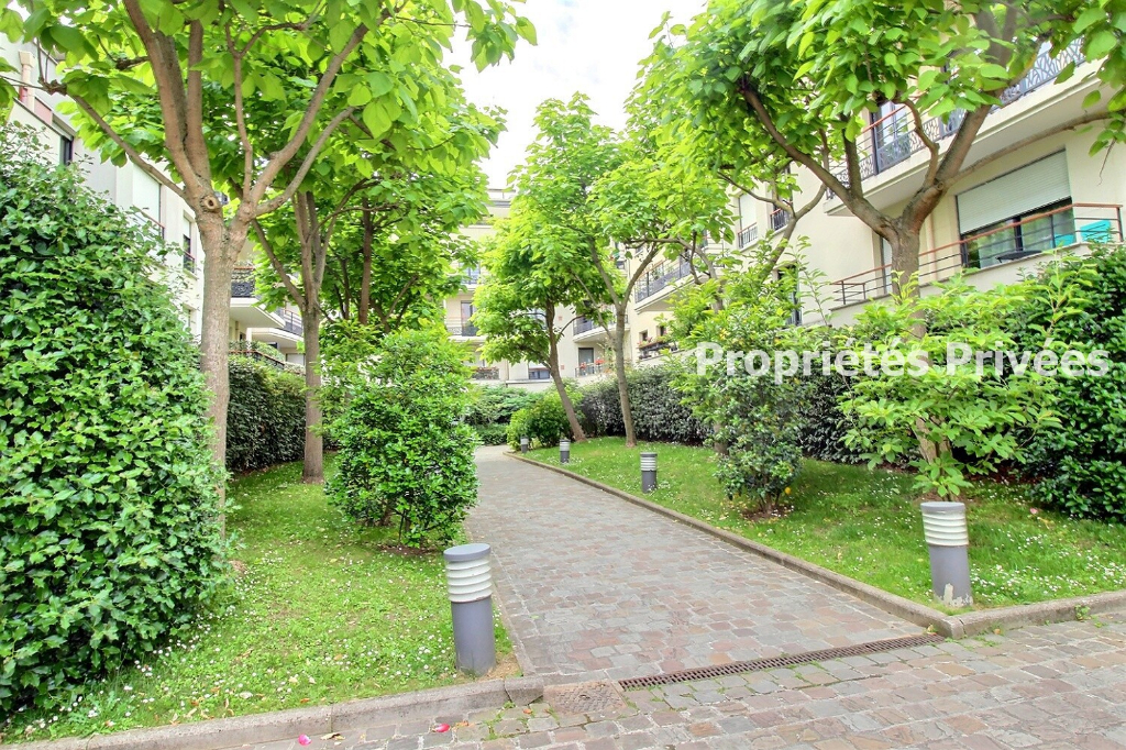COLOMBES centre, 91m2, 3 chambres, terrasse