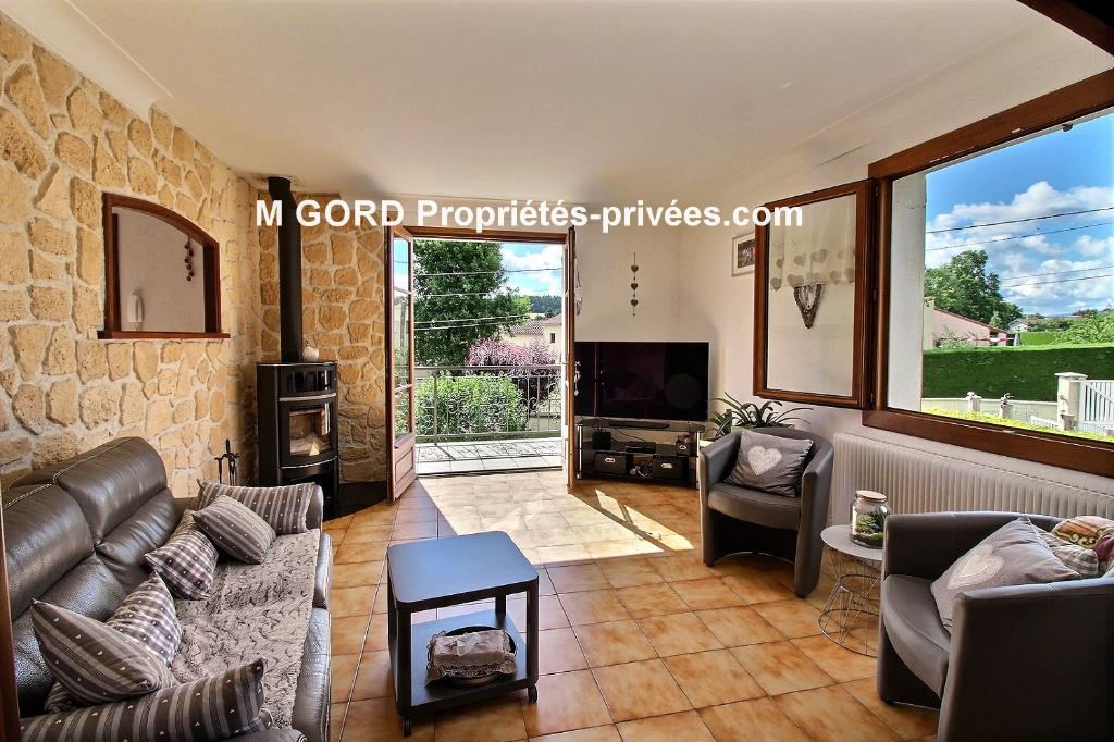 Belle maison de 210 m², 5 chambres, 1869 m² terrain plat