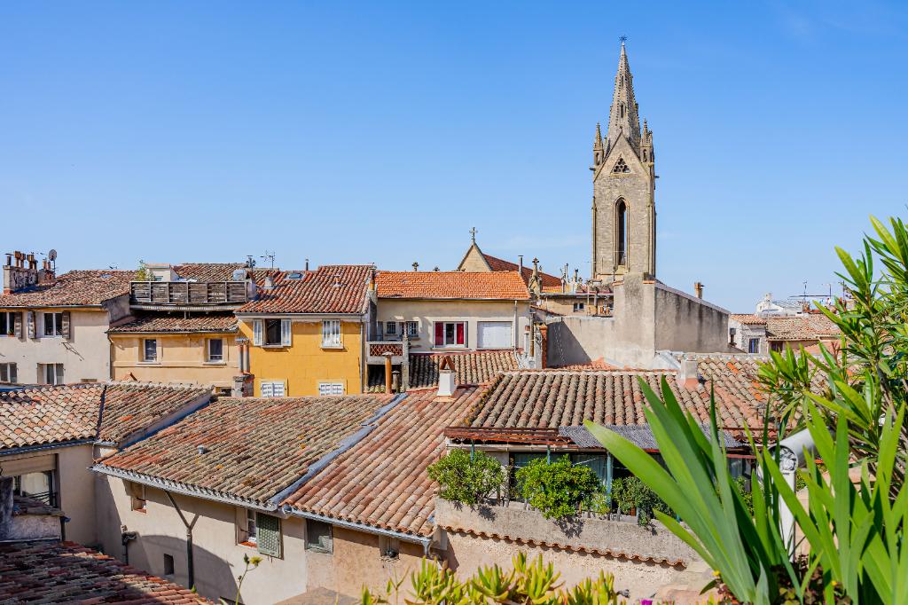 Aix centre Ville Proche Rue Italie au Calme