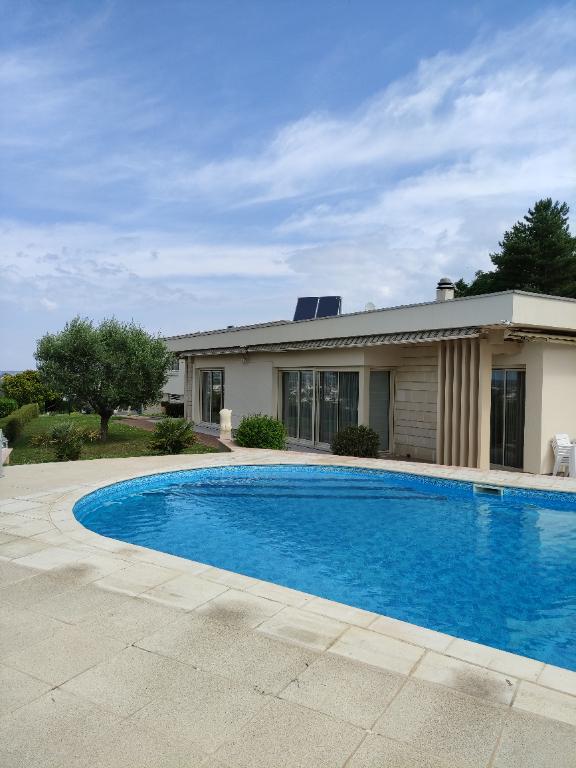 Maison d'architecte Chatellerault 11 pièce(s) 300 m2