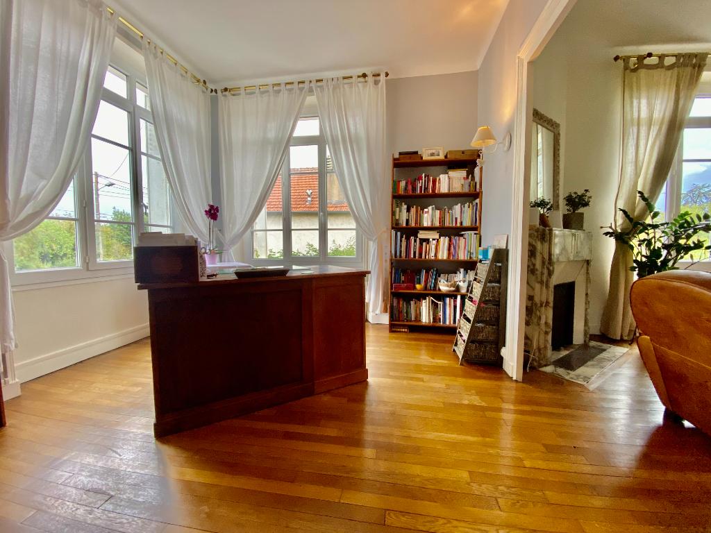 Maison Angers 7 pièce(s) 169 m2