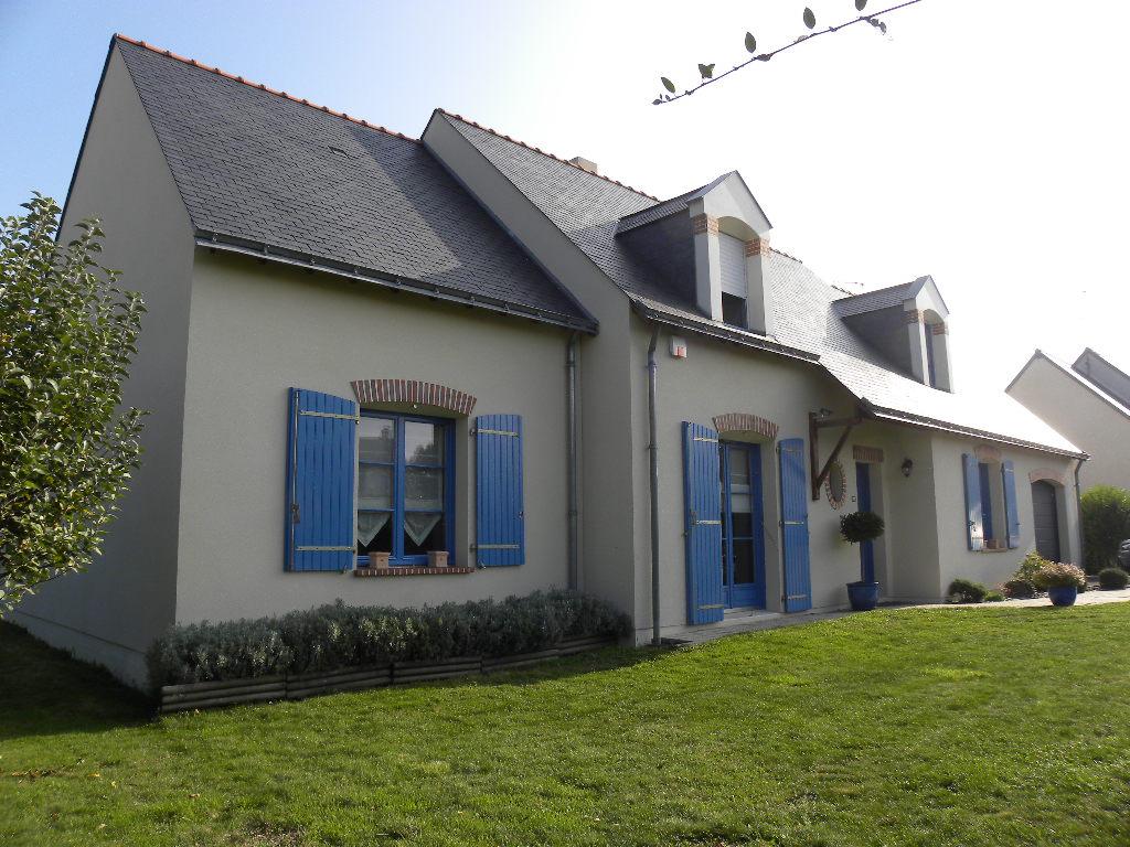 Maison Le Plessis Grammoire 8 pièce(s) 173 m2