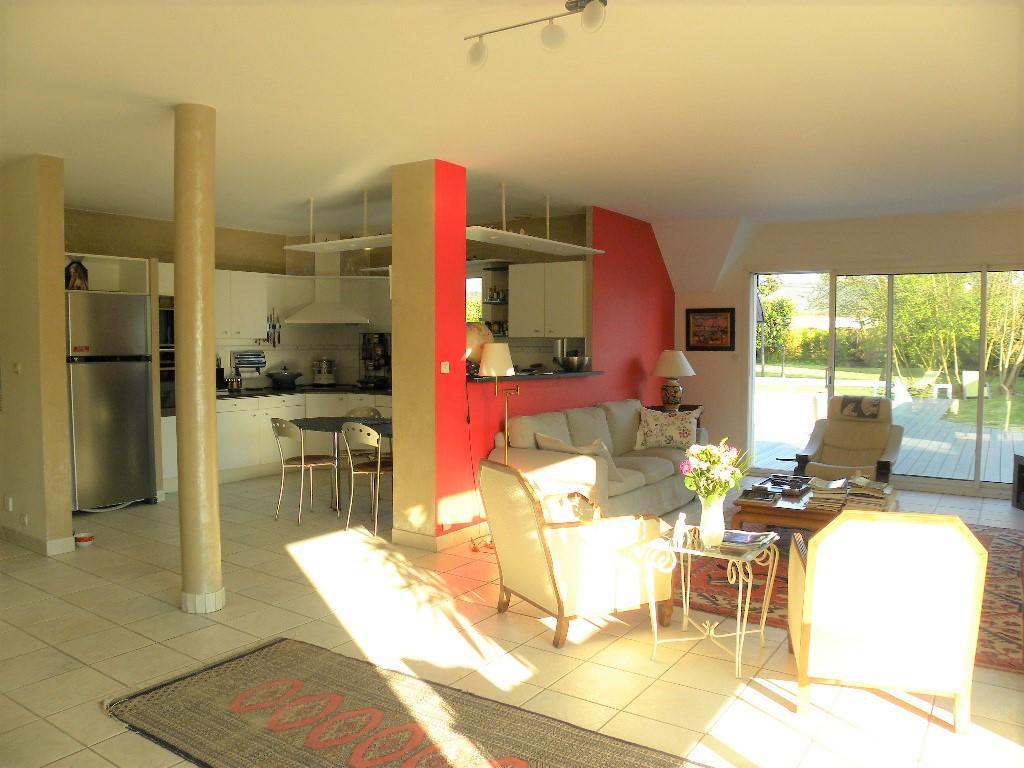 Maison  7 pièce(s) 184 m2
