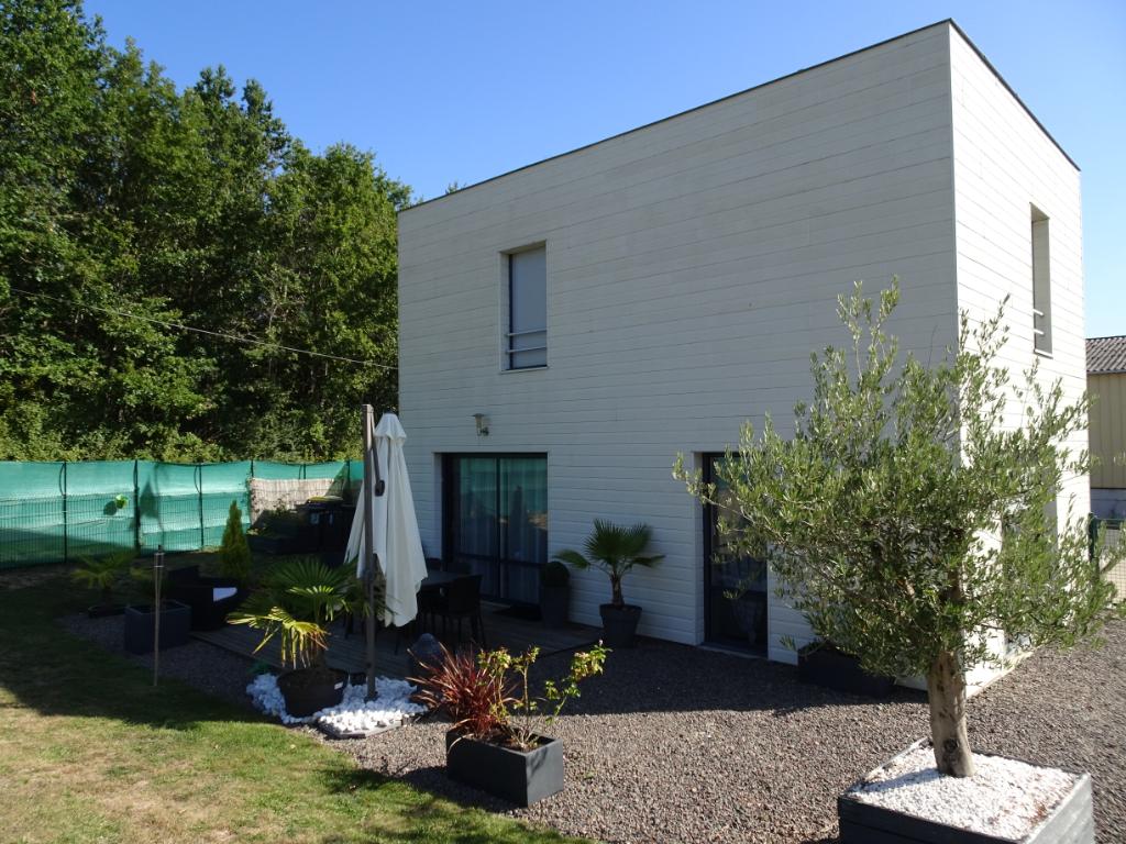 Maison Loire Authion 5 pièce(s) 100 m2