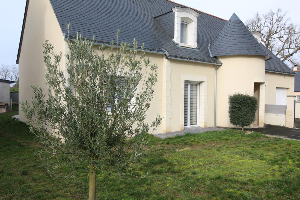 Maison St Georges Sur Loire 7 pièce(s) 164 m2
