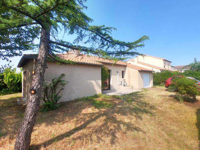 Maison Basse Goulaine 5 pièce(s) 100 m2