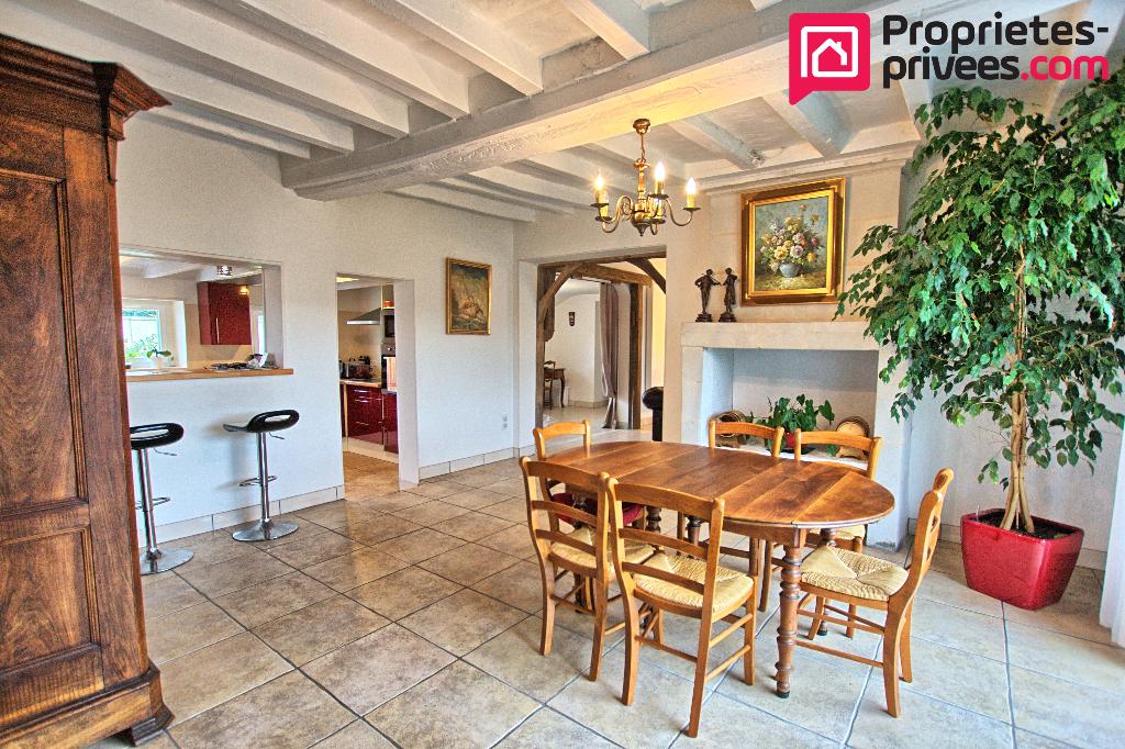 Maison Pellouailles Les Vignes 6 pièce(s) 279 m2