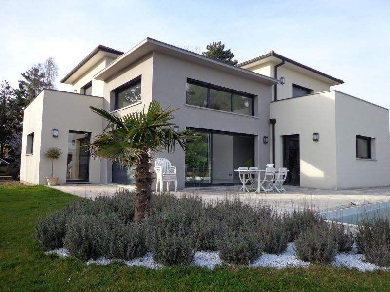 Aiguelongue Villa T6 de 147m2 contemporaine RT2012