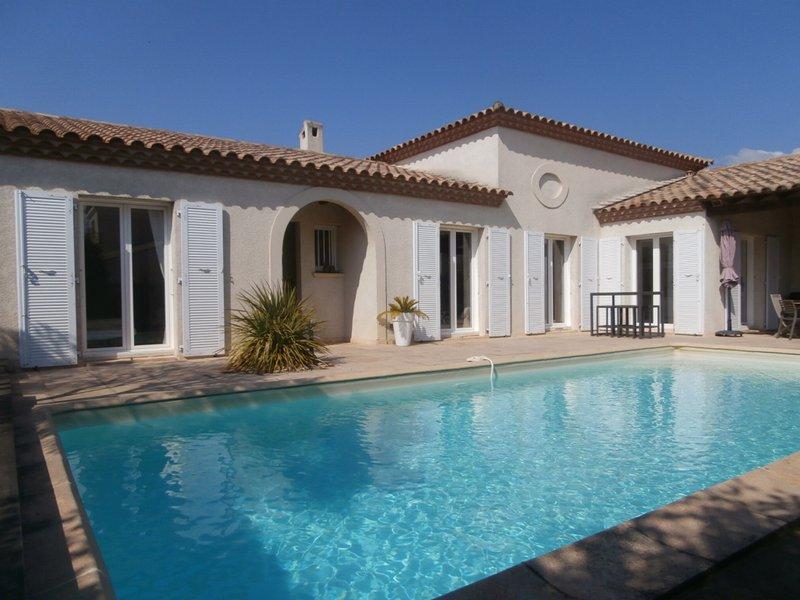 villa de plain pied à Pérols avec piscine