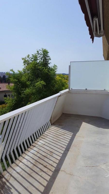 T2 dernier étage avec terrasse Collines d'Estanove