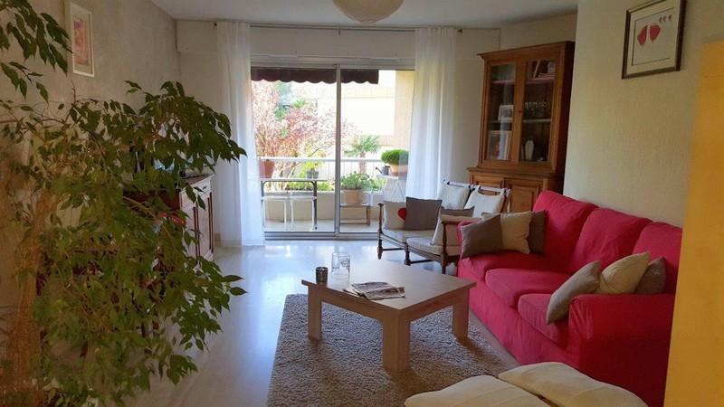 Appartement T4 de 92 m2 rénové Collines d'Estanove