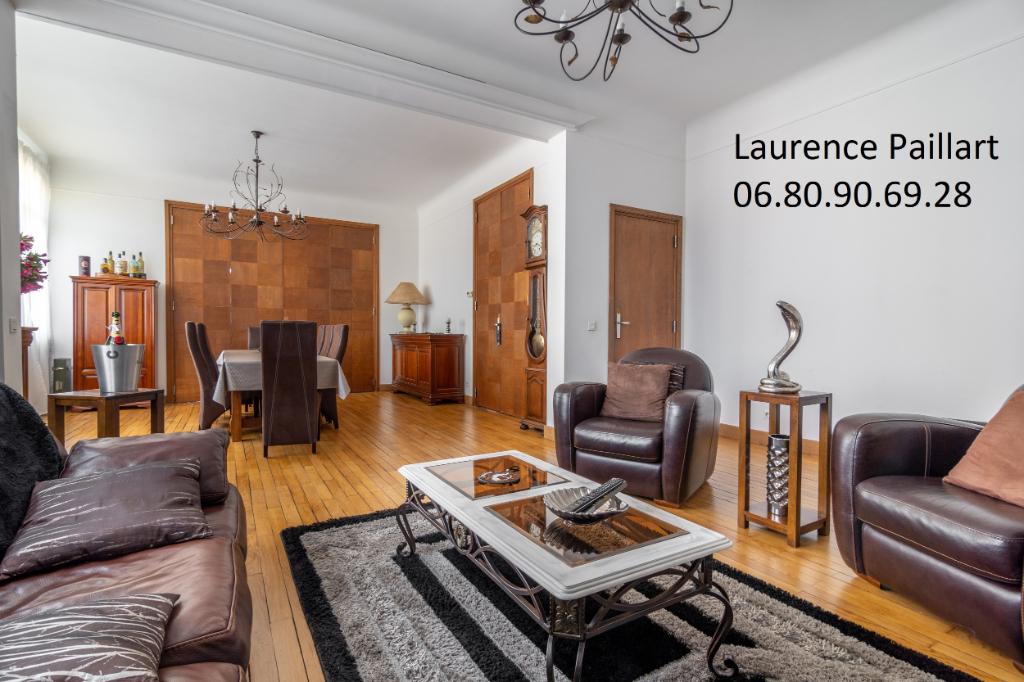 Maison Lens 8 pièce(s) 220 m2