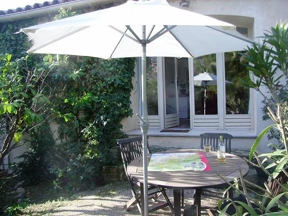 appartement 55 m2 jardin 75m2 dans propriété stand
