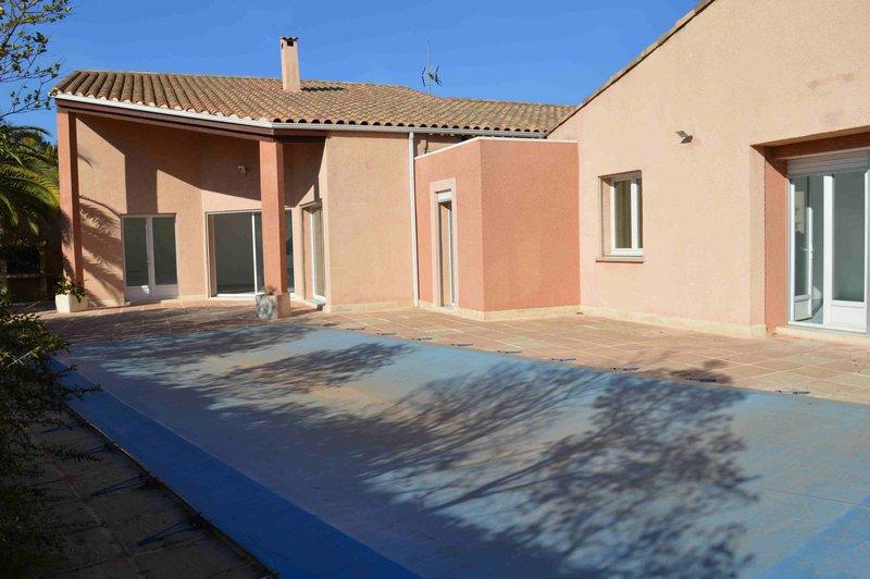Villa T7 207m2 sur 1043m2 de terrain avec piscine