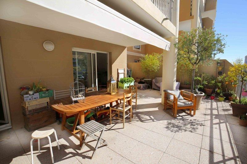 La Duranne appartement type 4 avec terrasse