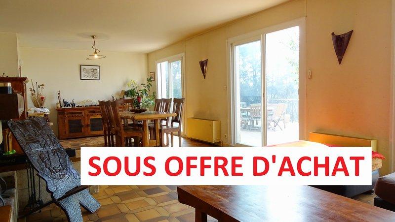 LUYNES - Vente Maison T4 + Dépendance + Piscine