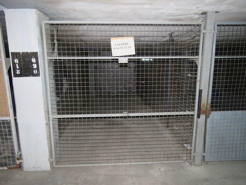 Marseille 13015 - A vendre garage fermé