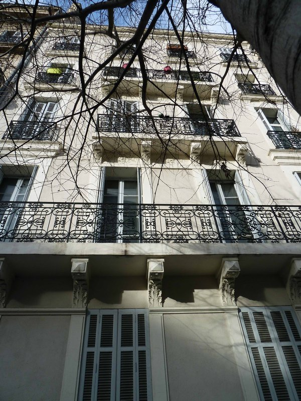 MARSEILLE 13001 - A VENDRE APPARTEMENT TYPE 4