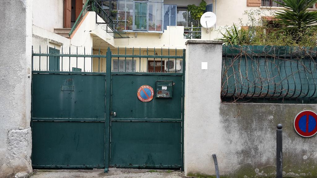 Appartement Marignane 1 pièce(s) 33 m2