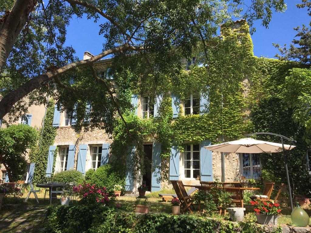 Demeure de prestige Saint Laurent Du Verdon 1600 m2