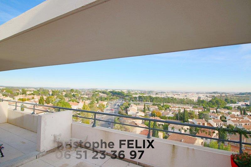 Dernier étage, vue dominante, terrasse 50m²