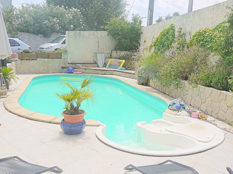 Montpellier Ouest  Villa avec piscine sur 405 m2
