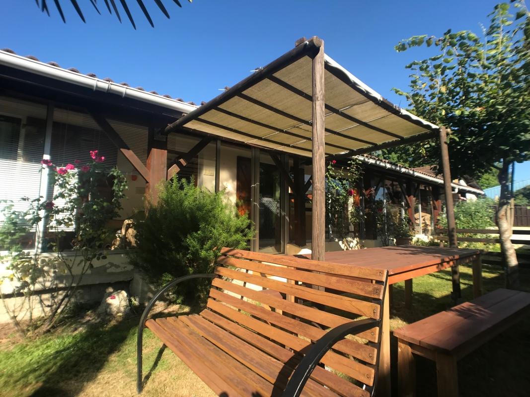 Maison plain pied meublée  Pau T4 950€+15€ provision sur charge